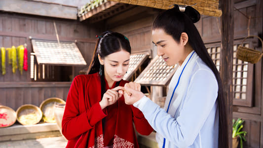 Lie Ruge and Xin Yue pulling a splinter out.